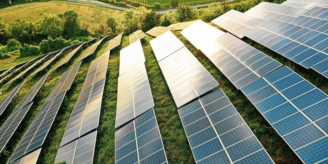 Entenda como ganhar dinheiro com energia solar