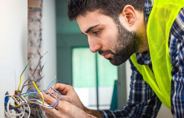 Reforma elétrica: confira os 5 cuidados que você deve ter
