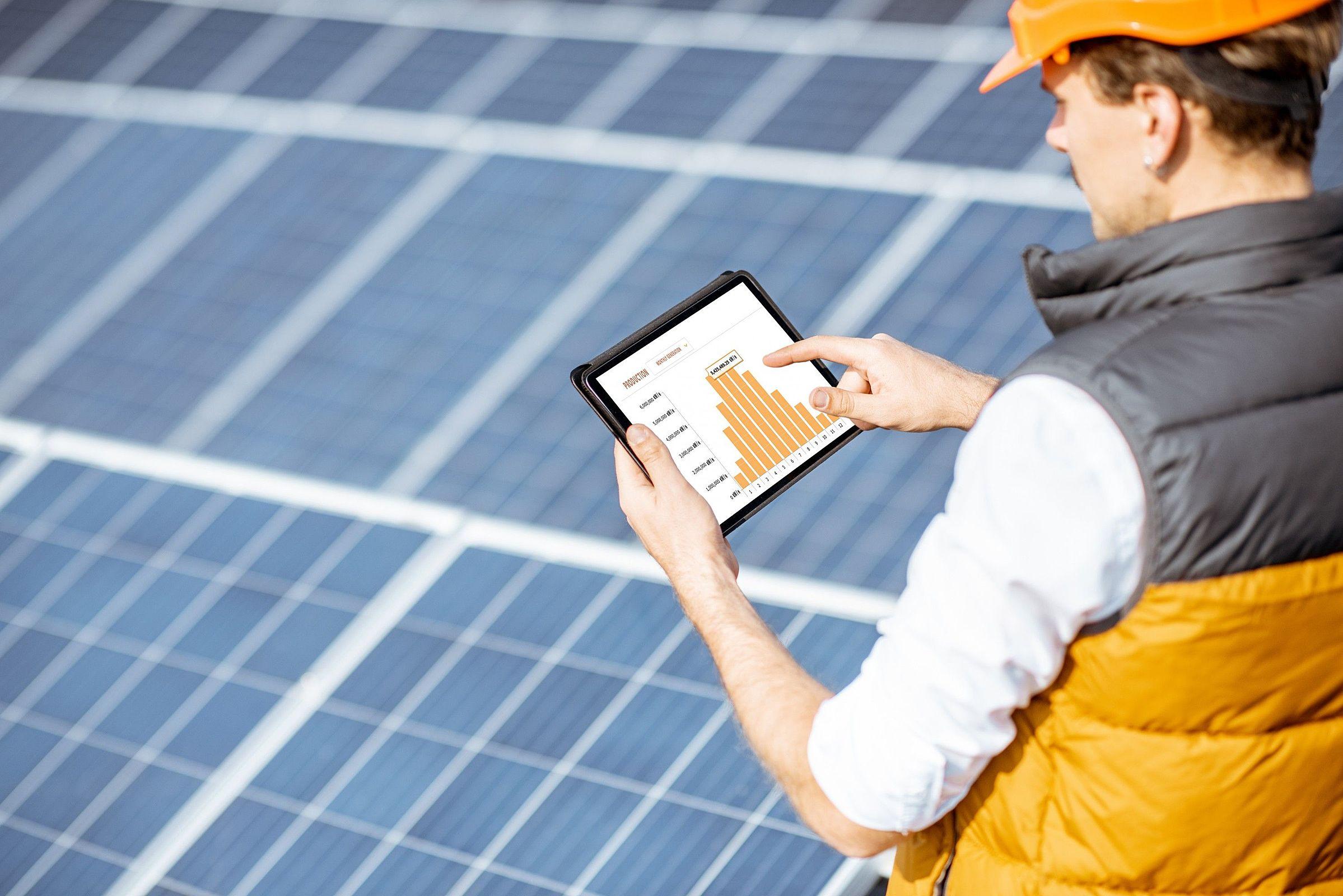 Sabia que a procura por sistemas de energia solar aumentou recentemente?